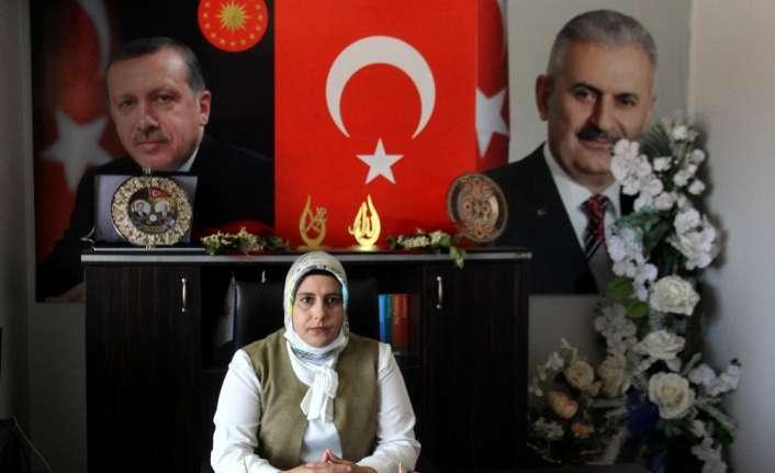 """AK Parti Kadın Kollarından """"Bir Kap Su Bir Kap Mama"""" kampanyası"""