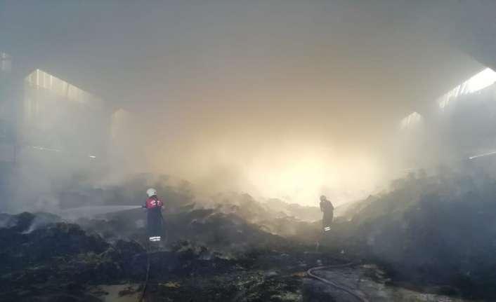 140 ton saman yandı