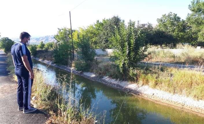 Erzincan'da 2 yaşındaki çocuk sulama kanalında boğuldu