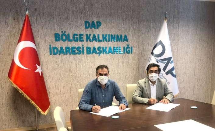 Beceri ve Tasarım Atölyelerinin kurulması ilgili ilk protokol Erzincan İl Özel İdaresi'yle imzalandı