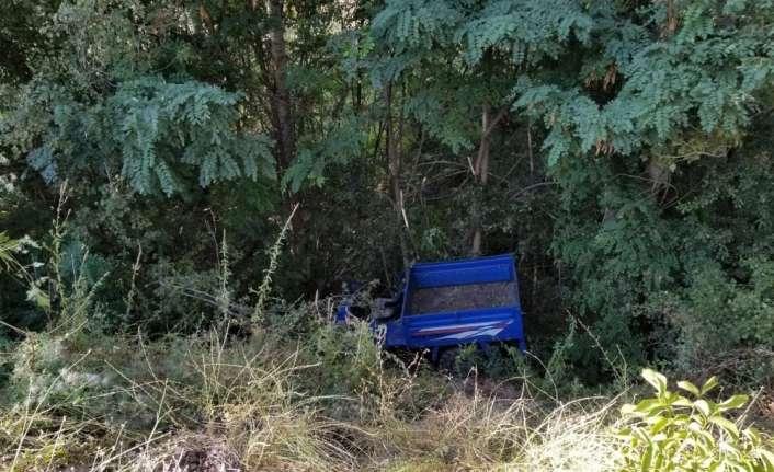 """Pat pat"""" diye tabir edilen tarım aracının devrilmesi sonucu 7 kişi yaralandı"""