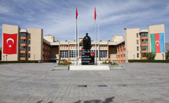 """Erzincan'da Azerbaycan'a destek için belediye hoparlörlerinden """"Çırpınırdı Karadeniz"""" şarkısı çalındı"""