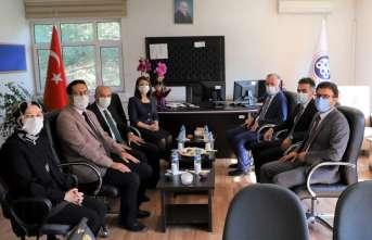 Adalet MYO ve Üzümlü MYO'da devir teslim töreni