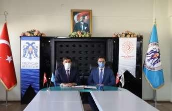 Erzincan Tekstil Üretim Atölyesi Projesinde imzalar atıldı