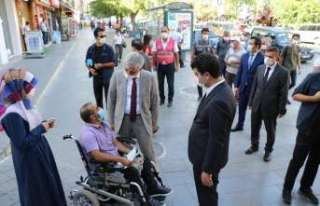 "Vali Mehmet Makas: ""Korona'yı yenmede Erzincan'ımız..."