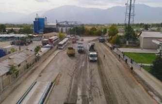 Erzincan'da asfalt çalışmaları devam ediyor