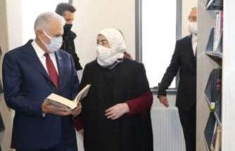 Yıldırım, Erzincan'da kütüphane ve anaokulunun açılışını yaptı
