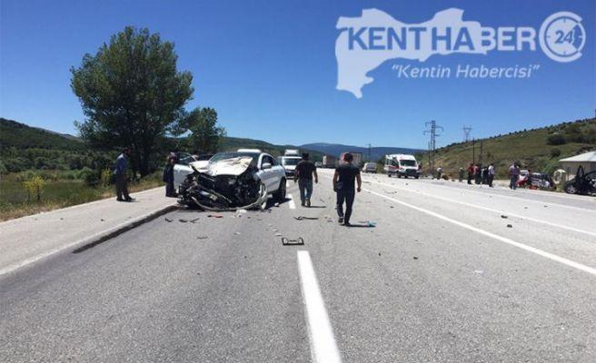 Refahiye'de Kaza 3 Ölü 6 Yaralı